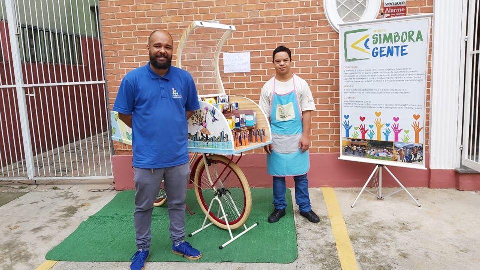 Bazar de natal do Projeto Simbora Gente